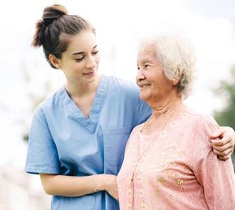 Estudia el curso Auxiliar de Enfermería Geriátrica