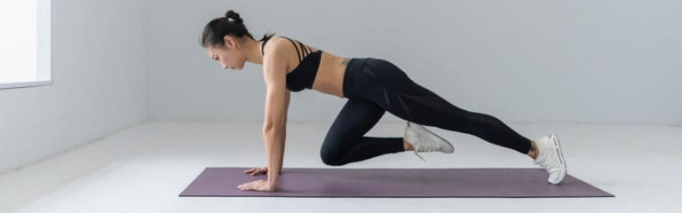 Monta tu gimnasio en casa con estos ejercicios para hacer el confinamiento más ameno