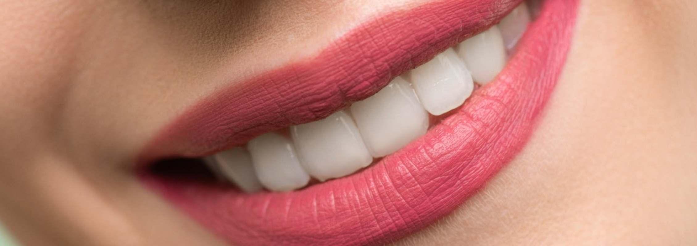 Descubre las prótesis dentales y los tipos que hay